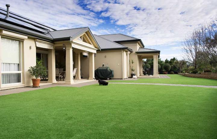 Will my artificial lawn get hot in summer? Artificial Lawn FAQ by Australian Outdoor Living
