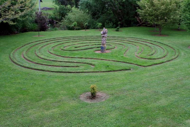 How to Turn Your Backyard into the Perfect Meditation Garden - Build a Meditation Path, Australian Outdoor Living.