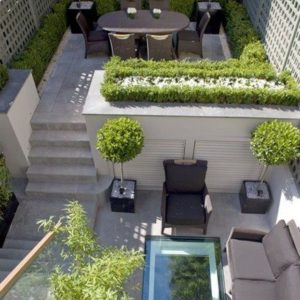 Courtyard with multiple levels