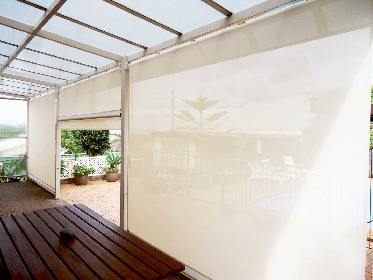 Why retractable outdoor blinds are perfect for your Adelaide home - How do Outdoor Blinds work, Australian Outdoor Living.