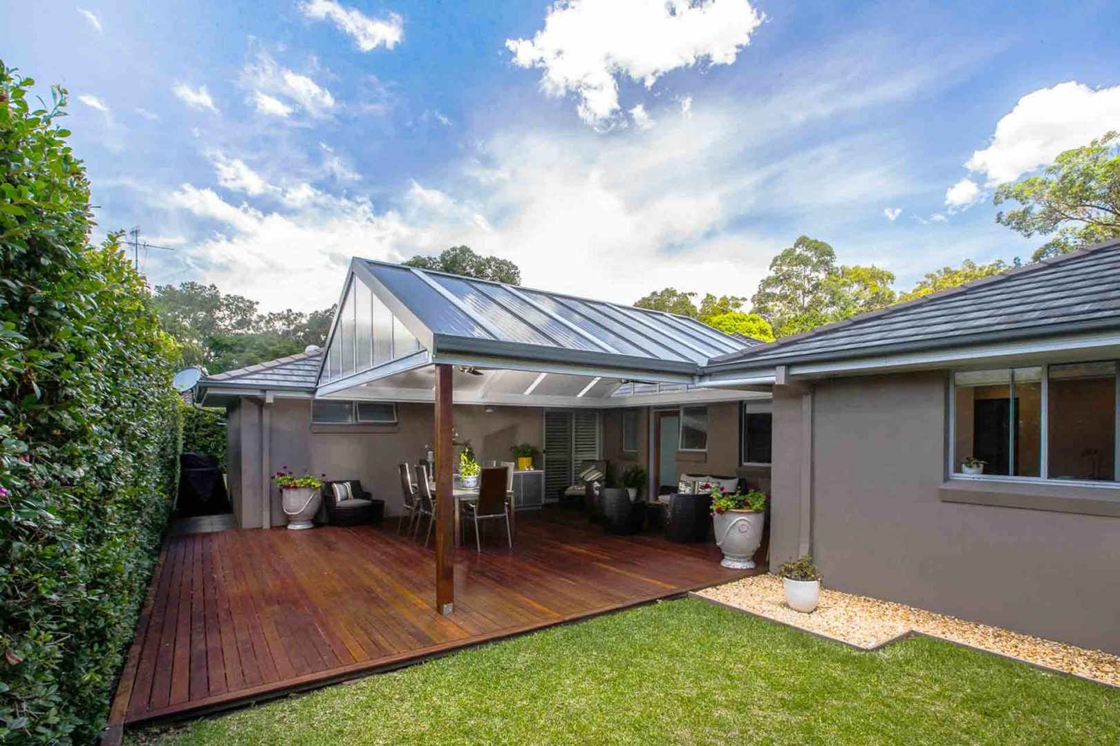 How to design your pergola or verandah - A bit of greenery can bring your outdoor space to life, Australian Outdoor Living