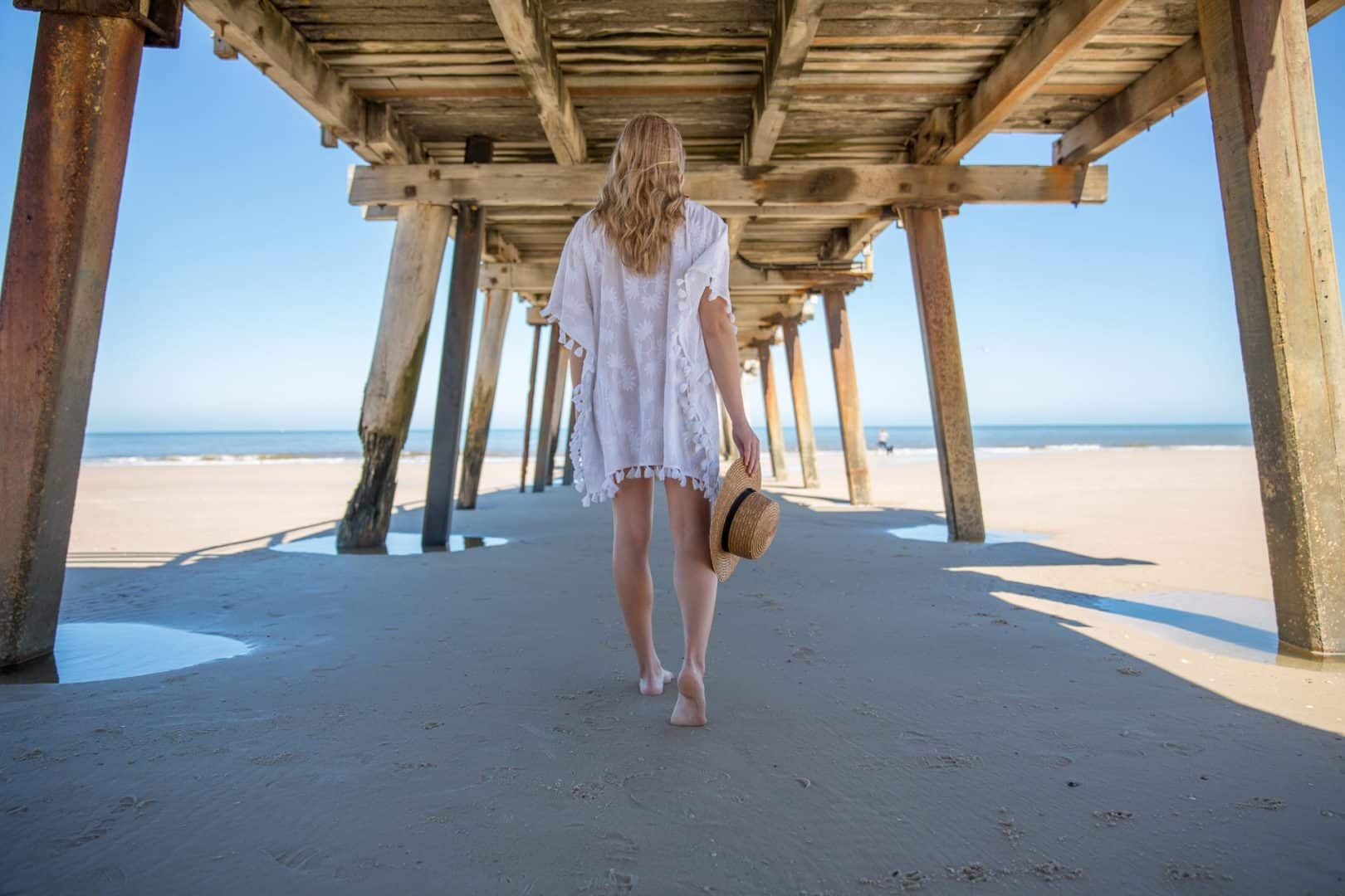 Five benefits of spending time outdoors - Feeling down? Try going for a walk on the beach, Australian Outdoor Living.