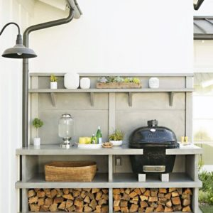 Outdoor servery and oven
