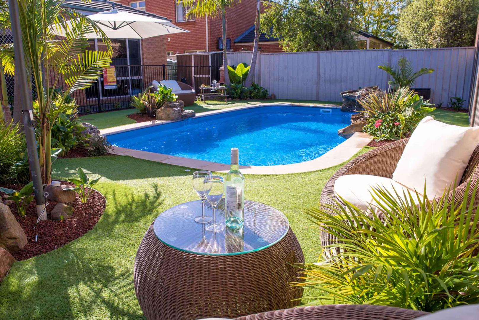 How to choose a swimming pool that's right for your backyard - What about a large backyard, Australian Outdoor Living.