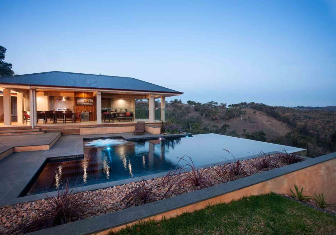 Five things to look out for when looking for a new home - Land size, Australian Outdoor Living.