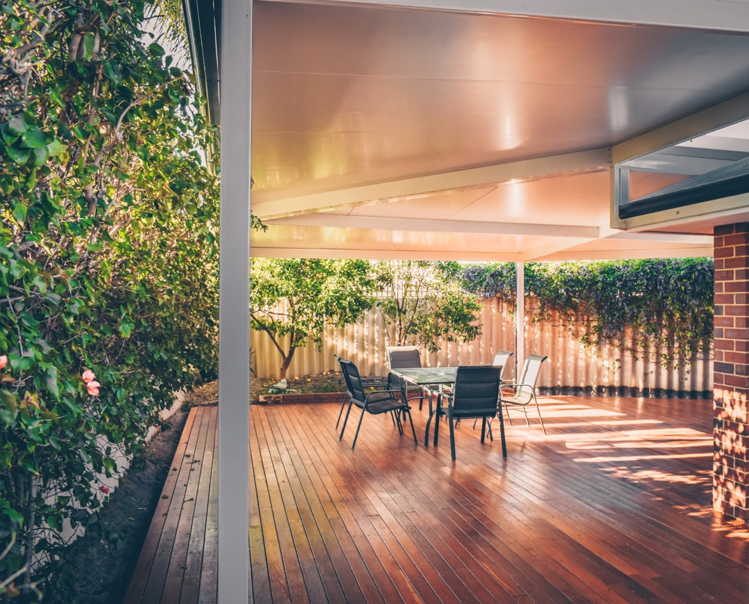 A helpful guide to buying a timber deck - A timber deck can be a great addition to your home, Australian Outdoor Living.