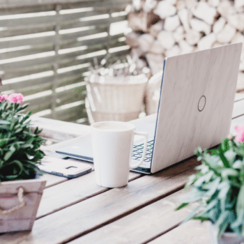 How to set up the perfect home office outside